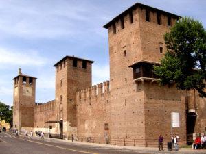 Замок Кастельвеккьо (Верона)